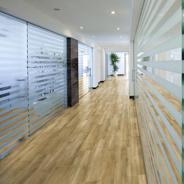 Laminat 4491 HRAST SANTIAGO SWPSOL-4491/0 Posetite centar podnih obloga Floor Experts