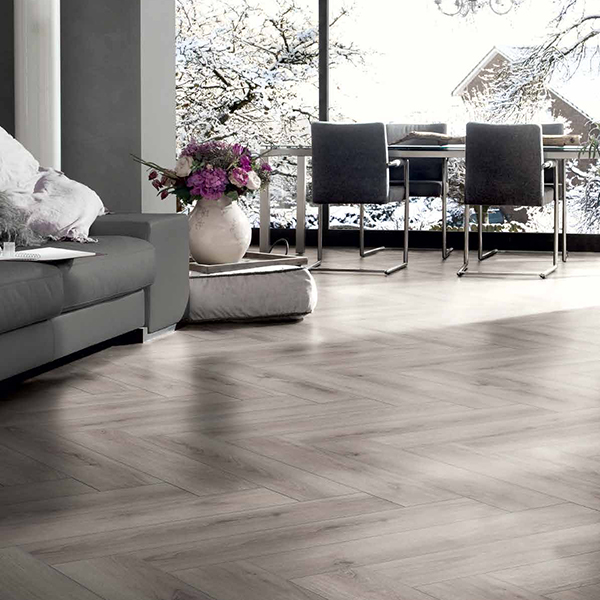 Laminat HRAST HARMONY GREY VABHER-0807A0 Posetite centar podnih obloga Floor Experts