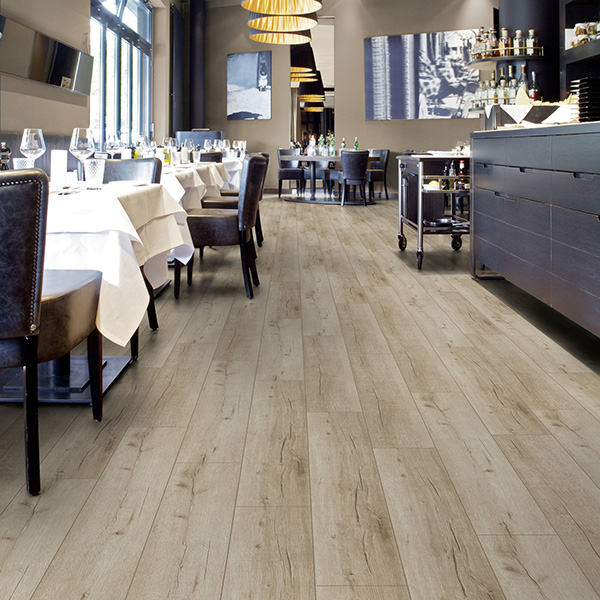 Laminat 3180 HRAST LUGANO SWPNOB3180/4 Posetite centar podnih obloga Floor Experts
