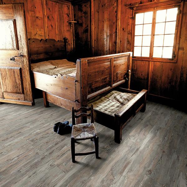 Laminat 3245 HRAST HISTORIC SWPNOB3245/4 Posetite centar podnih obloga Floor Experts